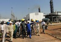 Taban Deng Gai visiting unity oil field